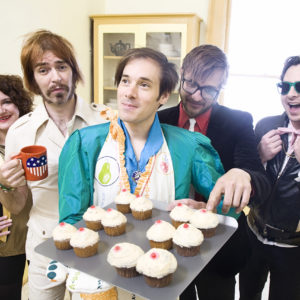 ofMontreal_cupcakes_1280