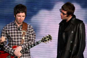 "MILAN, ITALY - NOVEMBER 09:  Noel Gallagher and Liam Gallagher  ""Che Tempo Che Fa"" Italian TV Show on November 9, 2008 in Milan, Italy.  (Photo by Vittorio Zunino Celotto/Getty Images)"