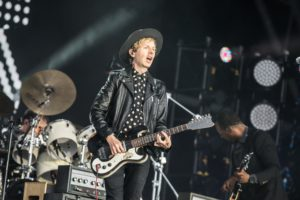 beck-glastonbury-20160626-emma-swann-2726-2048-1